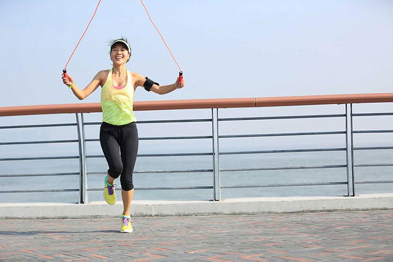 Cách nhảy dây giúp giảm mỡ bắp chân hiệu quả nhanh chóng