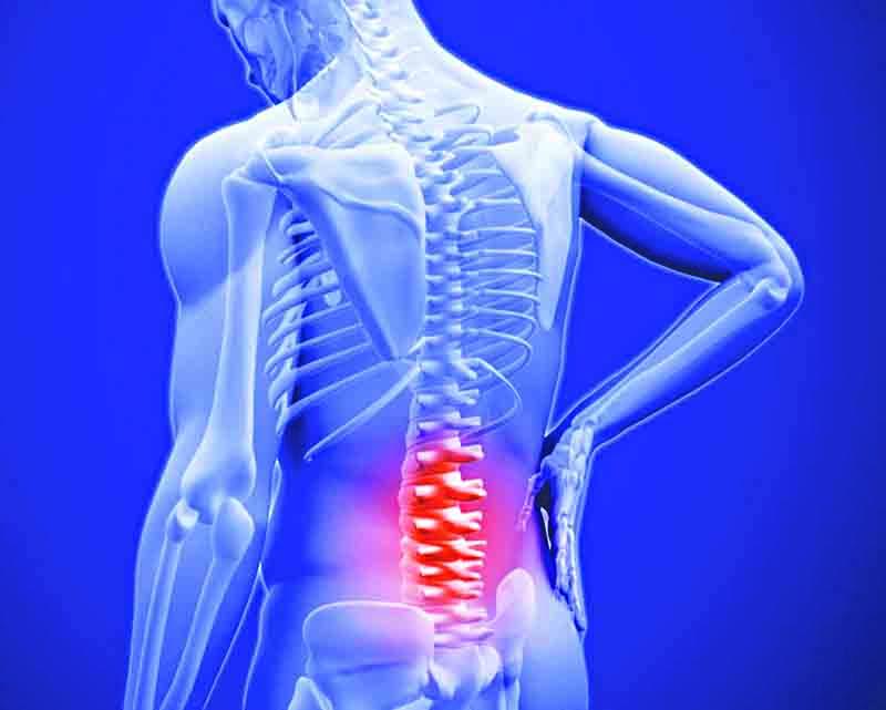 Đau lưng do loãng xương