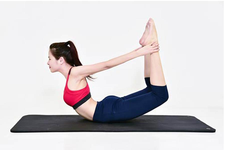 bài tập chữa đau lưng dành cho dân văn phòng