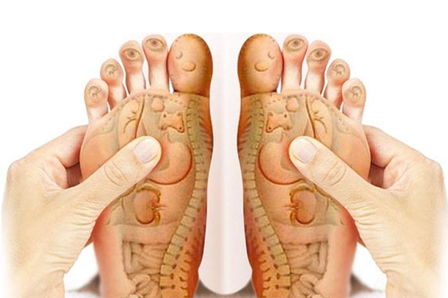 Massage những huyệt đạo tren bàn chân