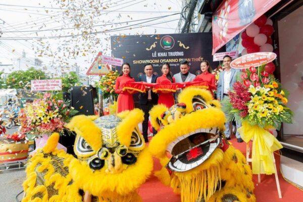 Tưng bừng mừng khai trương cửa hàng ghế massage Osanno tại TP Nha Trang