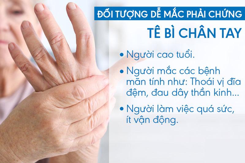 những người hay mắc bệnh tê bì chân tay
