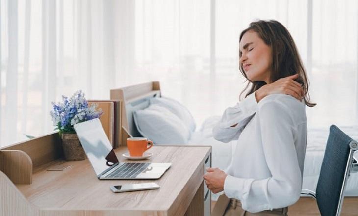 ngồi sai tư thế có thể gây ra các tình trạng mệt mỏi