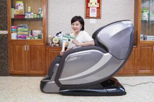 Nghệ sỹ Lê Giang tin tưởng ghế massage Osanno