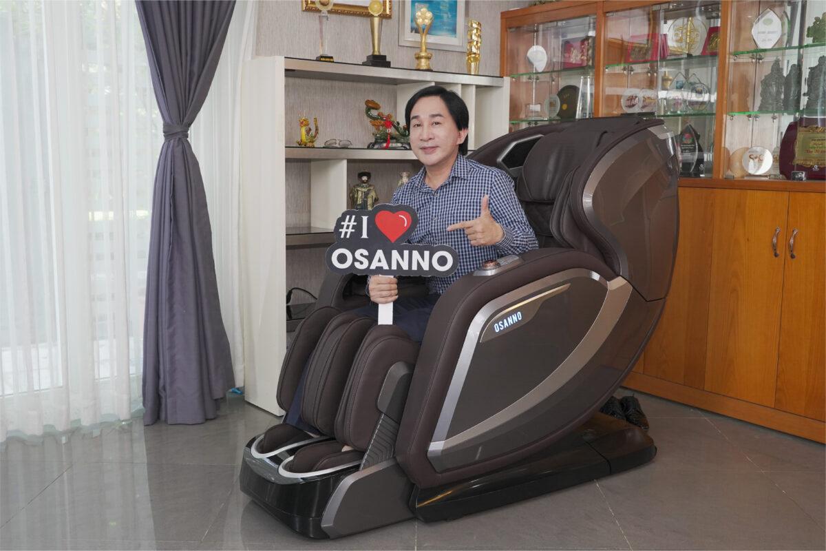 NSUT Kim Tử Long trải nghiệm ghế massage Osanno