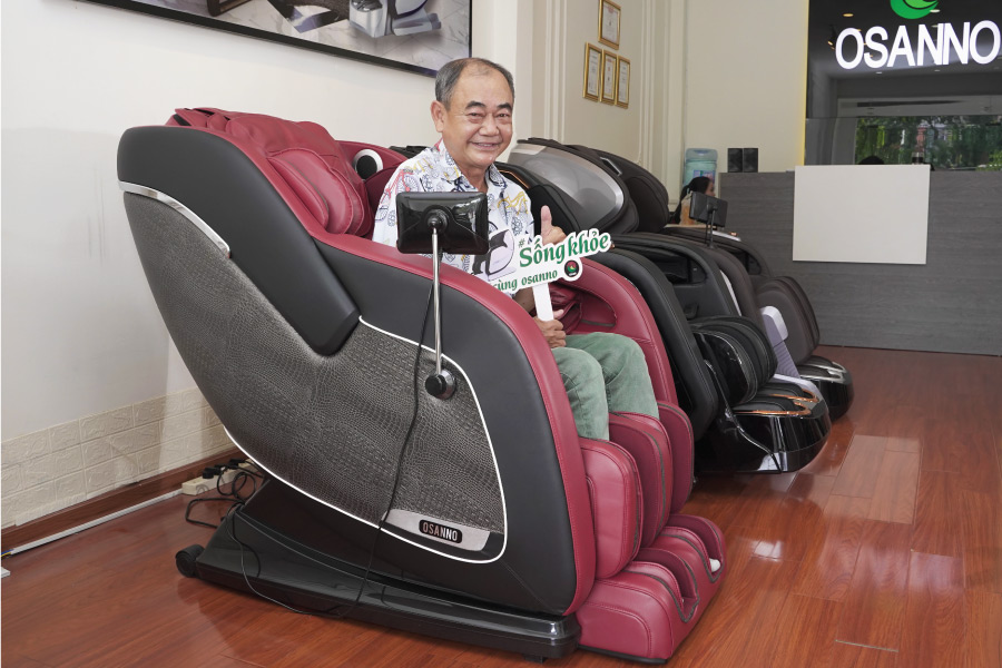 nghệ sỹ Việt Anh sử dụng gheess massage Osanno
