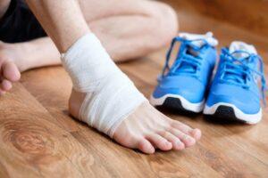 giảm đau mắt cá chân tại nhà